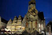Bremen: Marktplatz mit Roland (Foto: T. Grziwa)