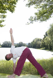 Hatha Yoga Trikon Asana