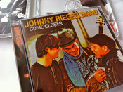 "Klasse Scheibe: Johnny Rieger Band ""Come Closer"""