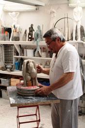 Richard dans son atelier (R. Peuron)