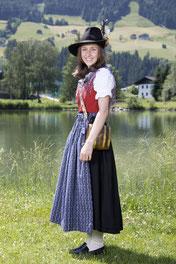 Singer Nadine
