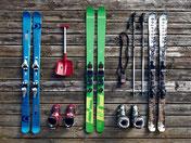 Ski, Skischuhe, Skistock