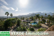 Mediterrane Villa mit mehereren Gästehäusern in Spanien, präsentiert von VERDE Immobilien