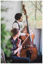 Noémie Le Borgne / violon, Zacharie Abraham / contrebasse