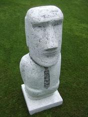 Ostermann-Skulptur-Kunstwerk von künstlerstein.de Mathias Rüffert