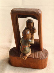 木彫りの人形