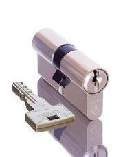 Sleutels veranderen-Slotenmaker aan huis 010-3331143