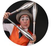 Circo, espectáculo de circo pequeño formato, eventos, fiestas, colegios, acrobacia, malabares.