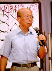 講演で対中戦略などを語った村井友秀氏=6日夜、市健康福祉センター
