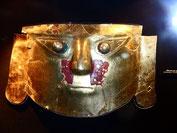 Goldmaske Moche Kultur