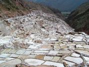 Vorinkaische Salzterassen bei Maras im Heiligen Tal der Inka