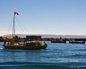 Titicacasee - Schwimmende Inseln der Uros