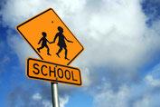 School Schild