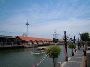 マラッカ川とマラッカタワー