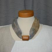 Baumwollkette mit Holzperle