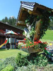 Hüttenkreuz beim Sattelbauern in Flachau