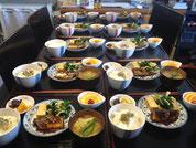 脳機能朝食はこんな感じで毎朝、準備されてる。塾超の普段からの健康志向朝食、素材にこだわり、出来合いはない。。