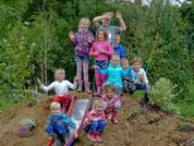 Bepflanzung Rutschhügel 2015