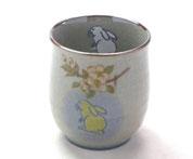 九谷焼『お湯呑』小 白兎しだれ桜『裏絵』(緑)