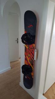 Wandhalterung Wandmontage Snowboard horizontal vertikal Halterung wall mount LED Beleuchtung