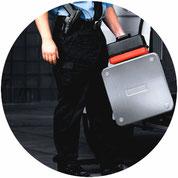 Geldtransport, Werttransport, Waffe, Sicherheitskoffer, SDS Sicherheitsdienst