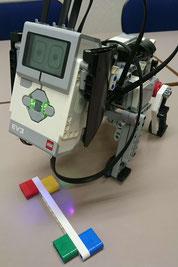 LEGOロボットで学ぶ小学生ロボットプログラミング