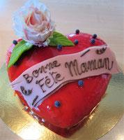 Gâteau forme coeur nougat glacé
