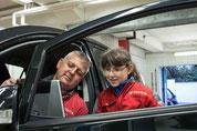 Angelina und Drago am Toyota Tester