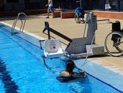 ascensor piscina móvil a baterías