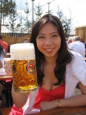 昨年のオクトーバーフェスト(ミュンヘンで毎年恒例のビール祭り)にて