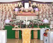 花祭壇を家庭葬から社葬まで