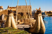Titicacasee, Schwimmende Inseln der Uros, Paititi Tours and Adventures, Ancient Aliens Tour