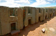 "Puma Punku Bolivien, ""H-Blöcke"", Paititi Tours and Adventures, Ancient Aliens Tour"