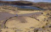 """Steinkreis in Sillustani, """"Stonehenge Südamerikas, Sillustani """"Echse"""" - Verbindung in die Türkei, Ägypten, Kolumbien ... ? - Paititi Tours and Adventures, Ancient Aliens Tour"""