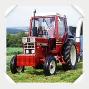 IHC 885 XL Traktor