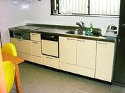 食洗機付のシステムキッチンで広々使いやすいです