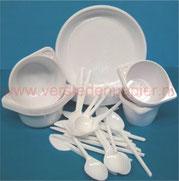 plastic wegwerp bestek borden soepkoppen soepkommen drinkbekers witte zilverkleurige messen lepel vorken versteden tilburg