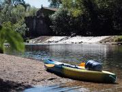Quoi de plus sympa que stoper son canoë kayak sur une plage et de profiter de la Cèze.