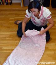envolver objetos fragiles con sabanas - www.AorganiZarte.com