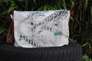 Recyclingtasche, Airbag, Umhängetasche, Reifenspuren