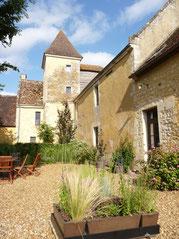 Le gîte du Boistier, son entrée et son jardin privatif