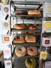 ドーナッツ・プラント本店のドーナッツは種類も豊富