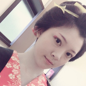 佐藤誠純(21歳女優)