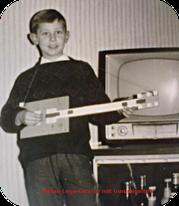 Keile mit seiner Legogitarre
