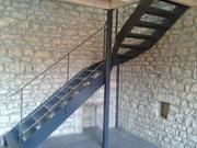 Escalier 2 limons acier