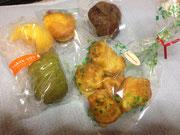 主催者のカフェ、茶摩さんのお菓子