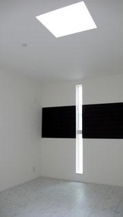 2階の部屋にも古材を使用