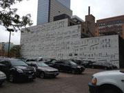Eine musikalische Wand in Minneapolis. Wer Notenlesen kann ist hier beim Parken schwer im Vorteil.