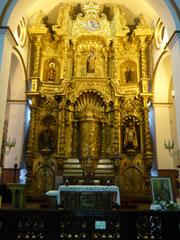 Dieser Goldaltar in der Altstadt von Panama City wurde von einem Pfarrer schwarz angemalt, um ihn vor den spanischen Konquistadoren zu schützen