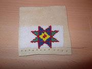 Versuch 8:Sioux Stern Overlay Stitch
